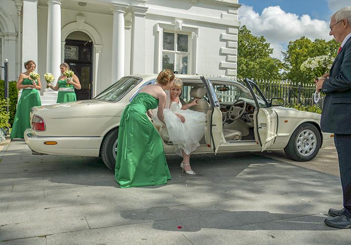 Bride arriving at Runcorn town hall